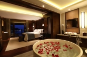 luxury-hotel-2.jpg